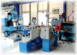 Maschinenparkzur Zylinderkopfbearbeitung
